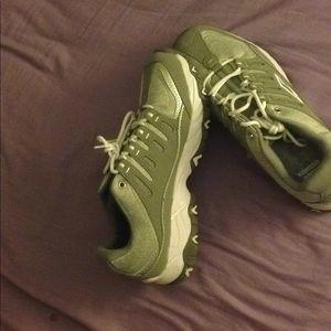 AVIA Memory Foam sneakers